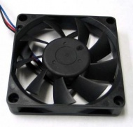 7cm Fan 15mm Thick with molex power