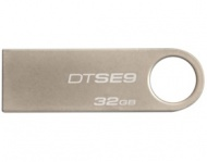 32GB Kingston USB 2.0 DataTraveler SE9 (Metal cas