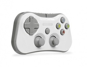 White Stratus Wireless Gamepad For Apple iOS7+ Devices